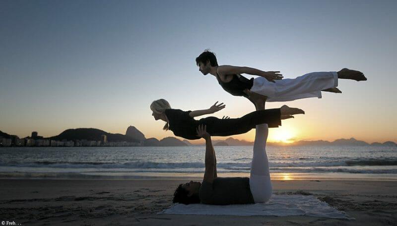 freb       acro yoga by frederic ballart dsuc