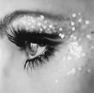 glittering eyes e